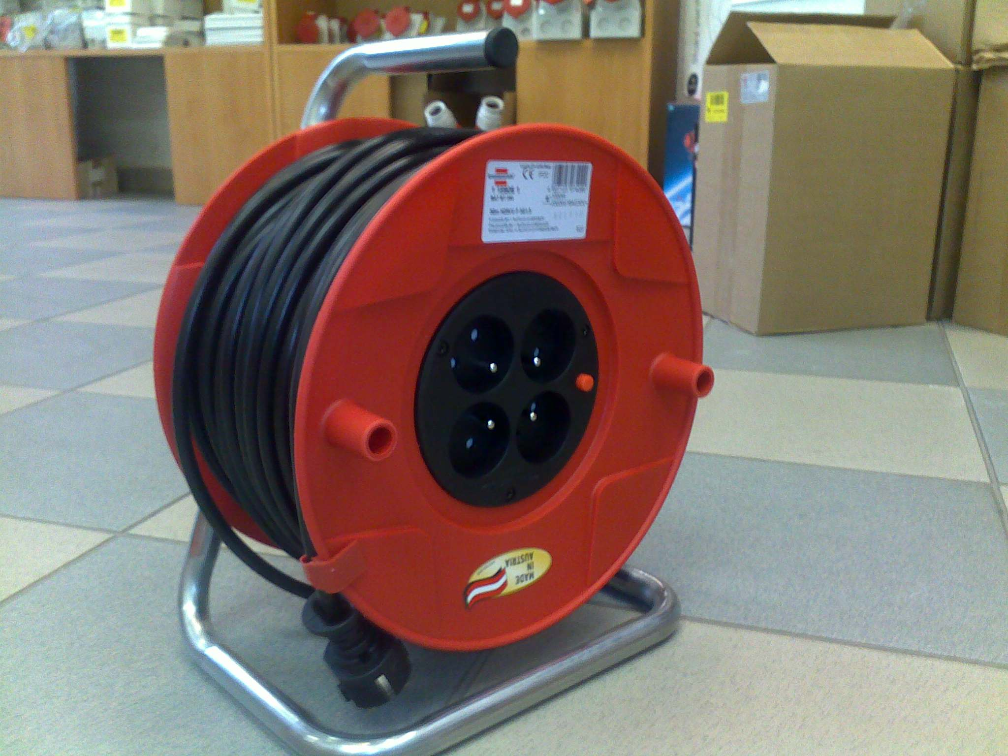 Prodlužovací kabel na bubnu 25m / 4 zásuvky