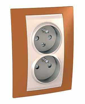 Zásuvka UNICA Plus dvojnásobná, s clonkami, 2 moduly (Marfil-Orange)